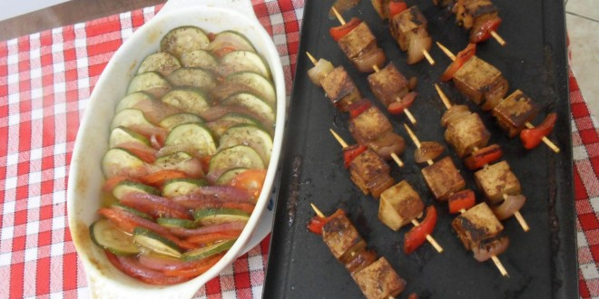 recette pour un barbecue vegan brochettes vegan vegactu. Black Bedroom Furniture Sets. Home Design Ideas
