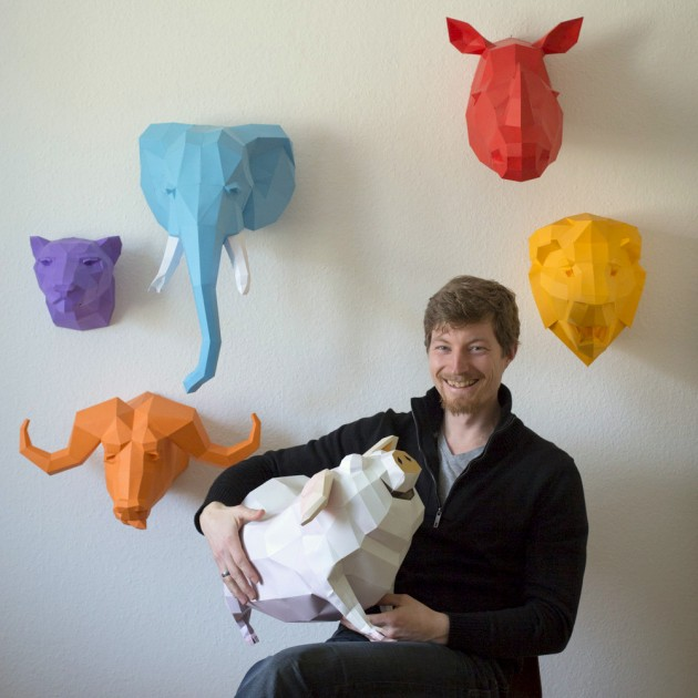 wolfram-kampffmeyer-with-animal-paper-scultpures[1]